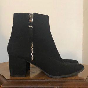 Michael Kors black suede heeled booties sz 9